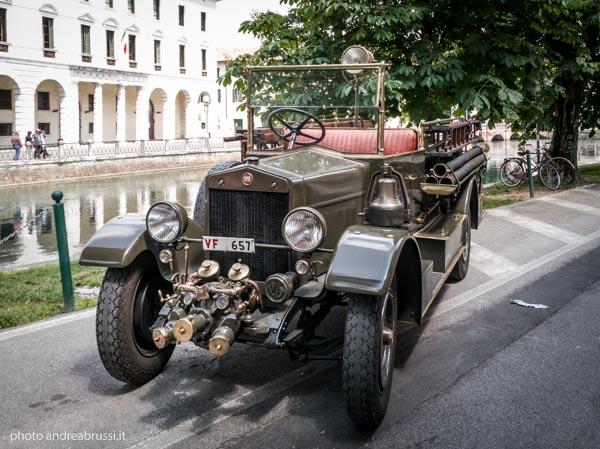andreabrussi.it - Vigili del Fuoco vintage